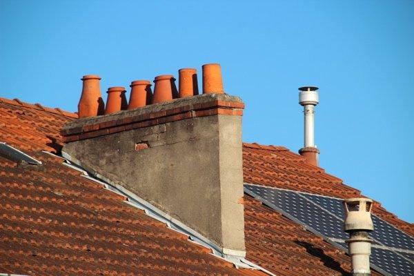 solar heating panel installation
