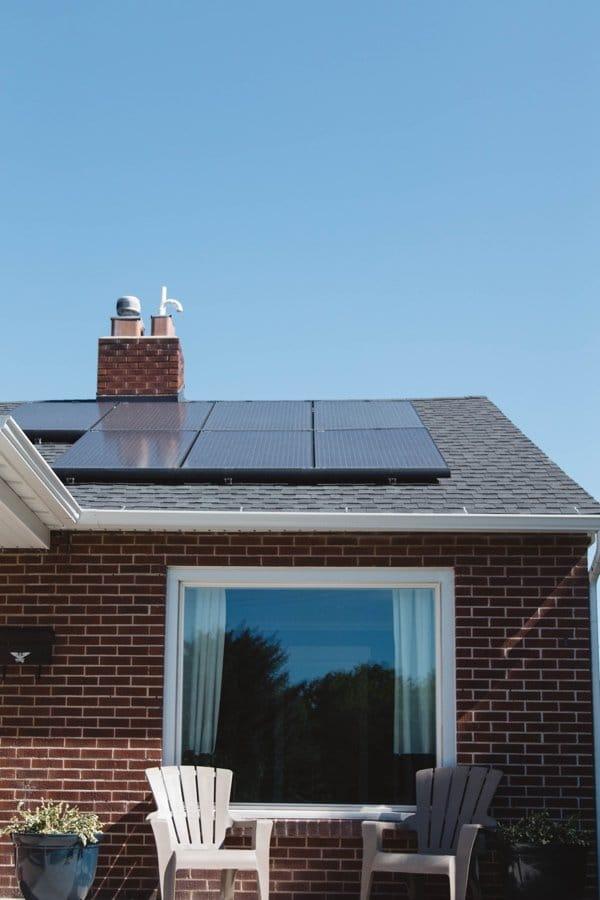 roof solar heating panel installation